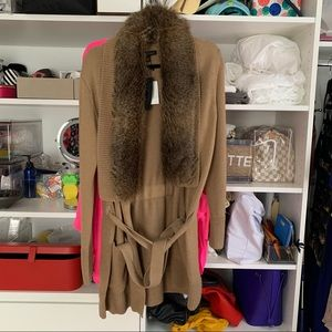 Long cardigan with removable fur collar